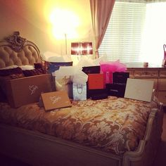 I want my bed to look like this after I go shopping! Shopping Spree, Go Shopping, Shop Till You Drop, Good Find, Luxury Shop, Personal Shopping, Love To Shop, Queen, Luxury Lifestyle