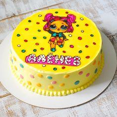 Новая забава для девочек-куколки Лол. Как вам такое оформление муссового торта? Начинка карамельная груша, витражное оформление…