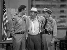 """Otis Campbell is the fictional """"town drunk"""" in Mayberry on the American TV sitcom The Andy Griffith Show. Otis was played by Hal Smith and made frequent appe. The Andy Griffith Show, Barney Fife, Don Knotts, Childhood Tv Shows, Classic Comedies, Good Old Times, Great Tv Shows, American Actors, Movies"""