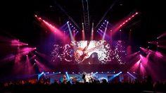 Queen + Paul Rogers Rock The Cosmos European Tour 2008 Spring Awakening, European Tour, Cosmos, Design Inspiration, Tours, Feelings, Concert, Rock, Image
