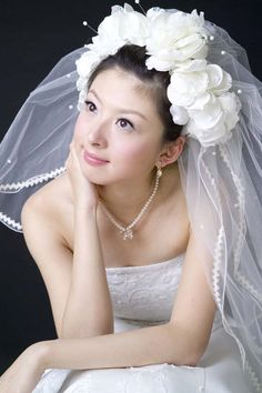 So, in you dream you see 'Wedding veil' - not a problem, we answer. Here you can find the value of a dream 'Wedding veil' and its complete interpretation. Wedding Ceremony Ideas, Wedding Show, Wedding Gallery, Spring Wedding, Dream Wedding, Wedding Day, Elegant Wedding, Floral Wedding, Headpiece Wedding
