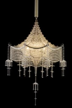 Pagoda-Chandelier-The-Scala-Theater-Vienna-1922
