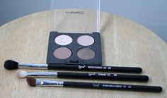 Vanilla (brow bone); Bisque (all over lid); Wedge (outer crease); Patina (crease)