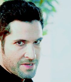 Always sexy with red eyes Lucifer Gif, Tom Ellis Lucifer, Tom Love, Im In Love, Series Movies, Tv Series, In The Pale Moonlight, Devil Eye, Morning Star