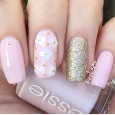 Pale pink and gold nails by @melcisme
