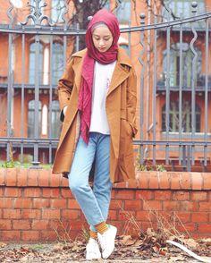 Gita Savitri Devi (@gitasav) • Instagram photos and videos Muslim Fashion, Modest Fashion, Hijab Fashion, Fashion Outfits, Womens Fashion, Hijab Casual, Hijab Chic, Hijab Outfit, Winter Travel Outfit