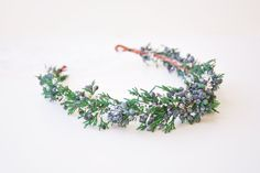 Juniper crown by Noon on the Moon. Perfect for a winter #wedding!