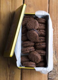 Copycat Chocolate Romany Creams