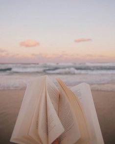Image uploaded by 𝐀♡. Find images and videos about food, beach and ocean on We Heart It - the app to get lost in what you love. Beach Aesthetic, Book Aesthetic, Summer Aesthetic, Aesthetic Photo, Aesthetic Pictures, Aesthetic Space, Aesthetic Painting, Aesthetic Collage, Aesthetic Clothes