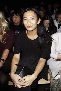 High-Profile Fashion Support For Apple http://ift.tt/2aTulOh #BritishVogue #Fashion