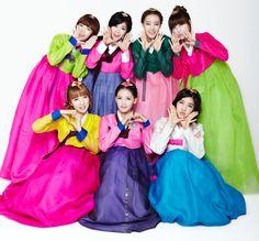 Rainbow (Kpop Girl Group) Hanbok.