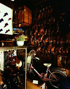 # Shoes and Bike @ Yukata Takanashi