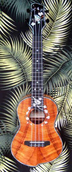 """4 String tenor ukulele  """"Japanese White Eye"""""""