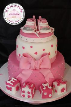 Mini Converse Christening Cake Torta Baby Shower, Cupcakes, Cupcake Cakes, Decors Pate A Sucre, Christening Cake Girls, Baby Reveal Cakes, Gravity Cake, Mom Cake, Just Cakes