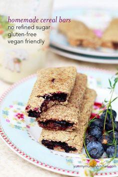 Homemade Cereal Bars Recipe #vegan #glutenfree no added sugar. We love these homemade nutrigrain bars!