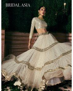 Lehenga Choli Designs, Wedding Lehenga Designs, Indian Lehenga, Indian Gowns, Indian Attire, Lehenga White, Dress Indian Style, Indian Fashion Dresses, Indian Designer Outfits