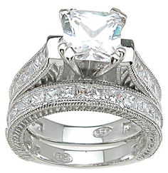 http://princesscut-engagementrings.net/wp-content/uploads/2011/10/Princess-Cut-Engagement-Rings.jpg