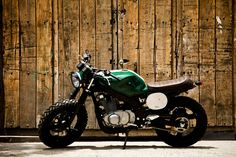 I thoroughly appreciate those things these folks designed on this custom made Suzuki Cafe Racer, Suzuki Scrambler, Gs 500 Cafe Racer, Scrambler Custom, Cafe Racer Bikes, Scrambler Motorcycle, Custom Motorcycles, Custom Bikes, Honda Cafe