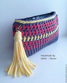 Bobble Stitch Handbag Crochet Pattern with Video Tutorial Bag Crochet, Crochet Clutch, Crochet Needles, Crochet Handbags, Crochet Purses, Love Crochet, Crochet Yarn, Crochet Clothes, Bobble Stitch