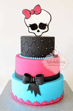 Monster High cake by Matokilicious