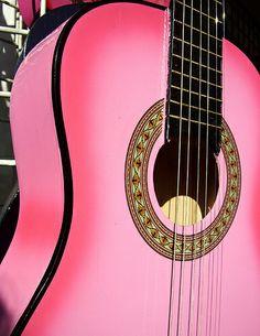 Guitarra Rosada (Mexican pink guitar)