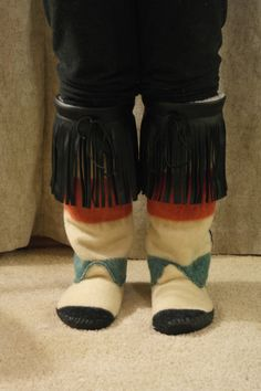 Women's Hudson Bay Mukluk-Size 8-9 by UniqueWeBead on Etsy
