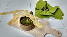 Boerenkoolsoep met krokante kaaskletkoppen, de soep met kaaskletskoppen