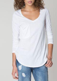 077a631e3f71e9 Color: White Fabric: 55% Cotton + 45% Polyester Care: Machine wash