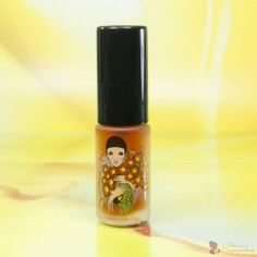 Női parfüm 3 féle illatban Lipstick, Beauty, Lipsticks, Beauty Illustration
