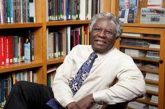 O professor Calestous Juma, da Universidade Harvard. Ele quer entender porque há oposição a inovações benéficas (Foto: Divulgação)