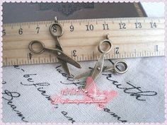 5pcs 24x32mm Brass scissors  Charm    SD789 by ministore on Etsy, $3.75