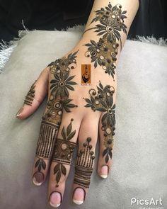 Modern Henna Designs, Floral Henna Designs, Finger Henna Designs, Back Hand Mehndi Designs, Latest Bridal Mehndi Designs, Mehndi Designs Book, Mehndi Designs For Girls, Mehndi Designs For Beginners, Mehndi Design Photos