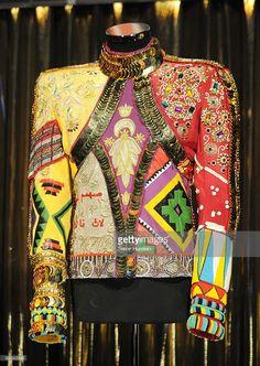 Michael Jackson heal the world jacketArt and design inspiration from . Michael Jackson Jacket, Michael Jackson Outfits, Michael Jackson Costume, Fashion Line, Runway Fashion, Fashion Outfits, Women's Fashion, Lisa Marie Presley, Paris Jackson