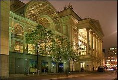 Royal Opera House (exterior), Covent Garden, London, U. Covent Garden, Sydney Opera, Royal Opera House London, Opera Music, Kingdom Of Great Britain, Travel Memories, Concert Hall, London England, Beautiful Places