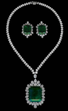 Chatila's - Emerald Necklace & Earrings
