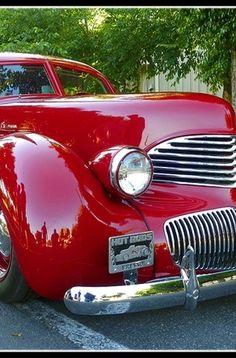 1941 Red Hupmobile Skylark, Very Rare Auto. Vintage Cars, Antique Cars, Vintage Stuff, Automobile, Pt Cruiser, Classy Cars, Us Cars, Old Trucks, Motor Car