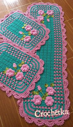 How to Knit a Cable Heart Crochet Daisy, Crochet Flowers, Knit Crochet, Knitted Flower Pattern, Crochet Patterns, Crochet Dishcloths, Crochet Doilies, Acrylic Painting Inspiration, Plastic Bottle Crafts