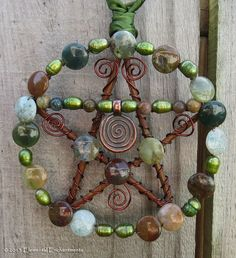 Wire Crafts, Crafts To Do, Pagan Yule, Bamboo Wind Chimes, Witchcraft Spell Books, Wiccan Crafts, Season Of The Witch, Diy Crystals, Wreaths