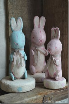 They are based off of Vintage Stuffed Bunnies from the – This one . Easter Parade, Paperclay, Garden Sculpture, Shabby, Bunny, Vintage Fashion, Spring, Outdoor Decor, Crafts