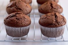 Perníkové muffiny Cap Cake, Sweet Recipes, Healthy Recipes, Muffin Bread, Desert Recipes, Cupcake Cakes, Muffins, Cheesecake, Deserts