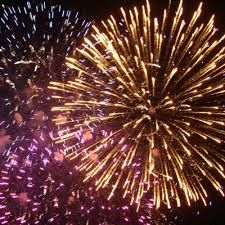 Resultado de imagem para fogo de artificio 2015