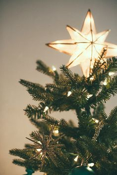 neutral boho christmas decor is the perfect way to create warm holiday vibes - more decorating tips on Christmas Time Is Here, Christmas Mood, Merry Little Christmas, Noel Christmas, Christmas Lights, Christmas Decorations, Christmas Morning, Merry Christmas Tumblr, Christmas Tree Star Topper