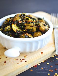 Pan roasted baby potatoes with herbs