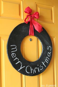 Chalkboard Wreath...Adorable!! Use it all year - just change the bow...I'd also add decoration s for that holiday!!