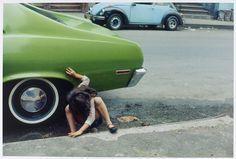 Hurkend meisje of �Spider Girl�, Helen Levitt, 1980