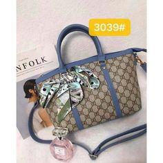 Korean Bags, Gucci, Shoulder Bag, Facebook, Fashion, La Mode, Shoulder Bags, Crossbody Bag, Fashion Illustrations