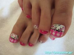 ギンガムチェック、チェリー柄とのフットネイル  foot nail that combines well the hot stuff this year gingham check, and cherry pattern. Put a gingham check and cherry pattern in White Base, I decorated with ribbon middle. I decorated by placing the studs and Terry pattern art, the base and Shi paint monochromatic pink nails other