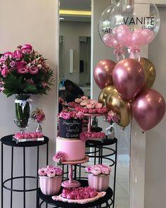 Birthday Party For Men Theme Balloons New Ideas 16th Birthday, Birthday Bash, Birthday Parties, Funny Birthday, Balloon Decorations, Birthday Party Decorations, Wedding Decorations, Deco Buffet, Pink Parties