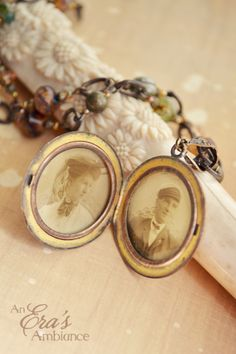The Ember Souls locket captures the eternal love between two souls.
