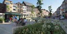 The Korenmarkt is the most urban area in this part of town where bars, restaurants and shops form the walls of the square. In the centre of ...